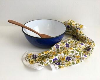 Vintage Irish Linen Little Wildflowers Kitchen Tea Towel Pat Ulbeck