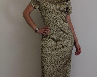 Gold and black brocade cheongsam, embroidered chinese dress, short sleeve, high neck, medium, 1980s, qipao, made in USA, sheath dress
