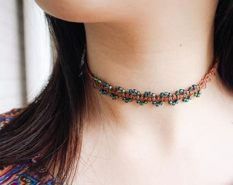 Seedbead Woven Necklace, Beaded Knotted Friendship Necklace/Choker, Vintage