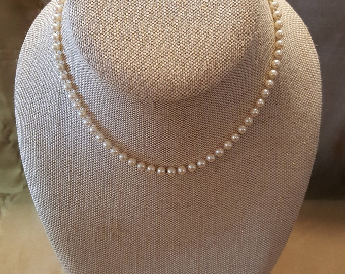 "Pearls 14 Karat White Gold Knotted Princess Length Single Strand Necklace 18"" Vintage"