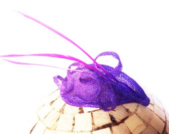 Purple fascinator bride and braidesmaid. Headpiece with feather. Church elegant design small hat. Garden party hair piece for lady.