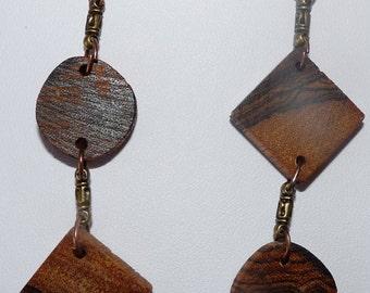 Earrings in precious wood: savage