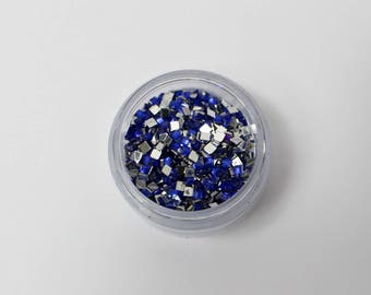 4.8 gr 3 mm dark blue square rhinestones has coller(environ 1440 de strass)