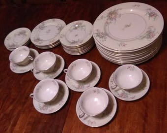 Theodore Haviland New York Apple Blossom 39 Piece Dinnerware Set
