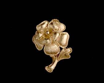 Vintage Gold Rose Pin     LV0009