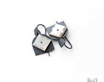 Totem Star Tulips oxidised earrings