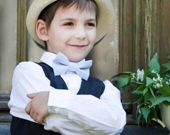 Light blue bow tie - Boys pre tied bow tie - Light blue linen bow tie - Christening bowtie - Back to school  bow tie - Man bowtie