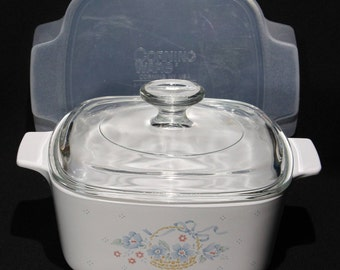 """Vintage Corning Ware A-1 1/2-B, 1.5 Liter """"Country Cornflower"""" Casserole with Glass & Storage Covers"""
