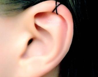 Black Criss Cross Helix X Ear Cuff/ twisted hoop cartilage jacket/ X ring piercing imitation/fake faux piercing/ohrklemme ohrclip manschette