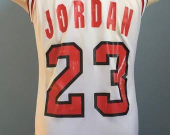 90s Vintage Michael Jordan #23 Chicago Bulls nba basketball Champion Jersey Shirt - SMALL 36