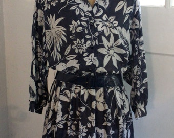 Vintage 1970's - 1980's Willi Of California Floral Print Dress