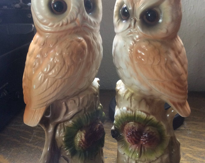 Vintage Norleans barn owl pair, couple of vintage owls, 1970's owl decor, Mr. and Mrs. owl decor, vintage pair of owls, vintage 1970's owls