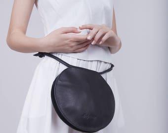 Circle Waist Bag, Black Leather Waist Bag, Round Crossbody Bag, Round Shoulder Bag, Black Leather Bag, Black Circle Purse, Gift Idea - Guli