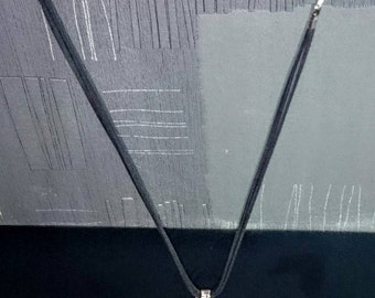 Necklace with Pearl pear shaped glass and metal tassel
