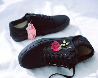 Vans Old Skool Custom - Big 'Rose Patch' - EUR 34.5 - 47 Unisex - Black Rosen Stickerei Sk8 Hi Sneaker Tommy Hilfiger Ralph Lauren Gucci