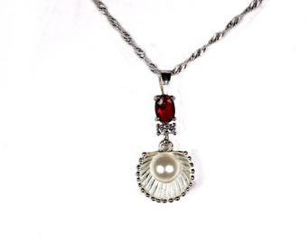 """Necklace """"Silver shell & Pearl on gold Garnet"""""""