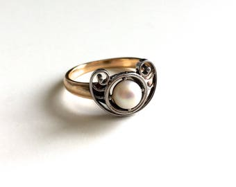 Antique Art Nouveau Pearl Ring - Solid 10K Gold with Sterling Silver Top