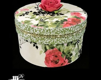 Pink and Red Roses with Green Stems Paper Mache Jewelry Box, Spring Rose Collection, Storage Box, Trinket Box, Garden, Mother's Day Gift