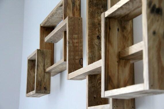 etag re murale radja en bois de palette brut. Black Bedroom Furniture Sets. Home Design Ideas