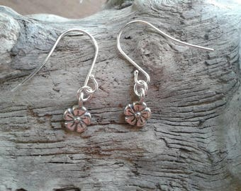 Minimal Sterling Silver Flower Earrings Handmade Tiny Pair of Earrings Stamped 925