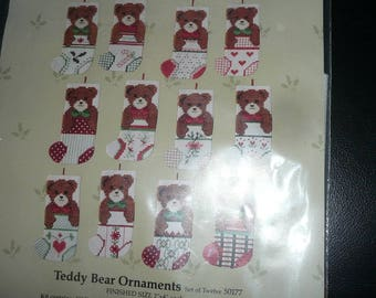 Vintage Something Special Counted Cross Stitch Teddy Bear Ornaments Kit