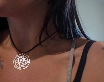 PL Crystal Pendent Necklace V3