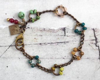 Colorful beaded chain bracelet, Multicolor seed bead jewelry handmade, Rustic solid brass, Best friend gift, Present for boho bridesmaids