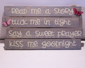 Wooden Read me a Story Sign