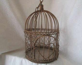 Vintage birdcage, Decorative birdcage, Rustic décor, Birdcage décor, Shabby décor, Chicken wire birdcage, Metal birdcage, Cottage Decor