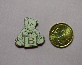 Button out of wood Teddy B ref 530 - IV
