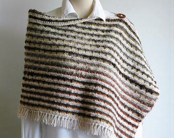 Thick woollen striped poncho / fringed shawl / earthy colours / button detail