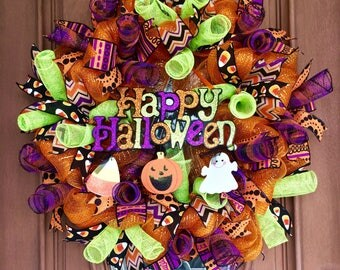 Sale! Halloween Wreath, Happy Halloween Wreath, Halloween Door Wreath, Halloween Door Hanger, Front Door Wreath, Mesh Halloween Wreath