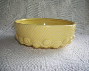McCoy Planter Flower Pot Yellow Vintage Pottery