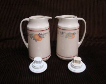 """Corning~Abundance-Plastic Carafe 1 Quart Thermos-Thermique Beverage Server Hot or Cold 11"""" Tall"""