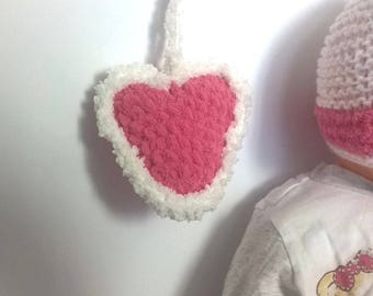 Pink heart blanket touch white soft plush handmade suspend or ask