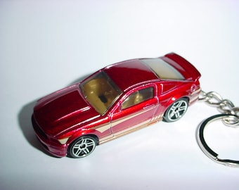 3D 2007 Ford Mustang GT custom keychain by Brian Thornton keyring key chain finished in maroon/black color trim diecast metal body