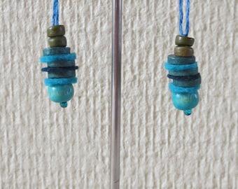 Earrings turquoise beads and 6 felt
