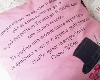 Pillow Case Oscar WIlde (separations)
