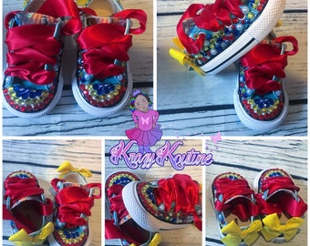 Custom character shoes. Pick your character and colors. LOW TOP
