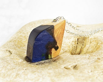 Blue Wood Resin Necklace Gift for Her Statement Necklace Wood Resin Jewelry Nature Jewelry Geometric Necklace Statement Jewelry