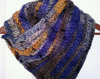 Women's Blue Crocheted Button-up Cowl Scarf
