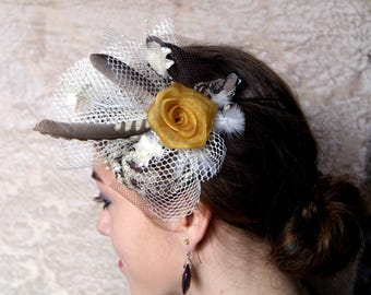 Bibi fascinator for cocktail wedding ceremony