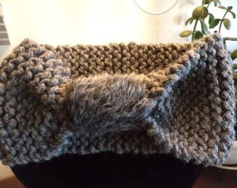 Bandeau tricoté main fausse fourrure