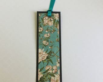 Paper bookmark, unique bookmark, pretty, floral, book lover gift, teacher gift token of appreciation, blue
