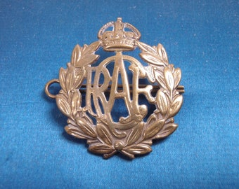 Vintage RCAF Royal Canadian Air Force Officers Domed Hat Badge - FREE SHIPPING