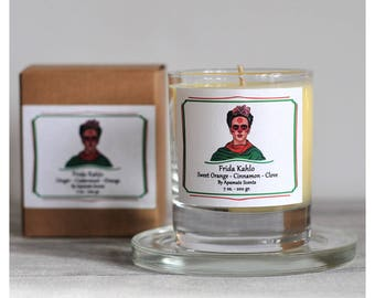 Gift idea for Frida fan. Day of the Dead, Dia de los Muertos Candle. Candle with Frida to celebrate Christmas. Frida Kahlo scented candle