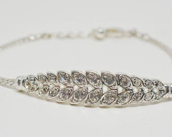 Lovely silver tone and crystals bracelet