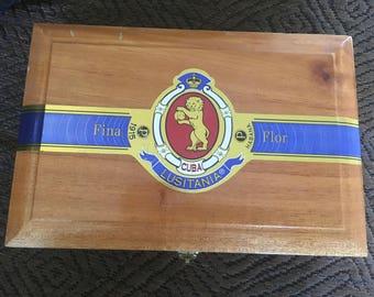 Wooden cigar box 20 pack Estelli Nicaragua