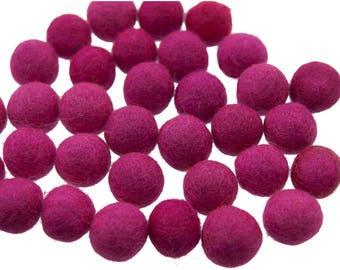 5 beads/tassel 100% wool fuchsia 20mm