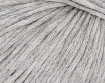 Rowan SOFTYAK DK Cream #230 - 9.99 +1.25ea Shipping - Cotton Yak Yarn with Nylon - Chainette - Soft, Drapey, Stitch Definition. MSRP 12.95